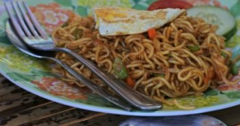 veg hakka noodles for kids