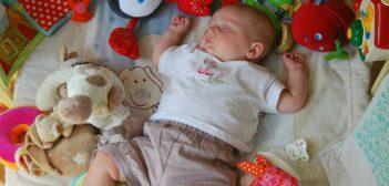 baby sweat sleeping