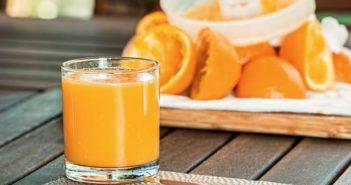 making-fruit-juice -for-babies